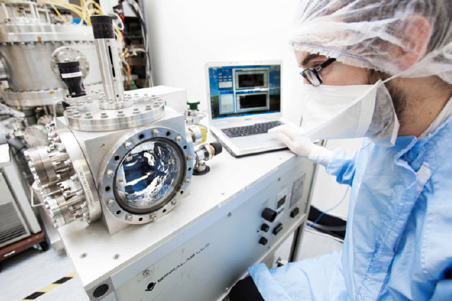 Spiral orbit tribometer, a facility unique in Europe, used to evaluate material combinations and lubricants